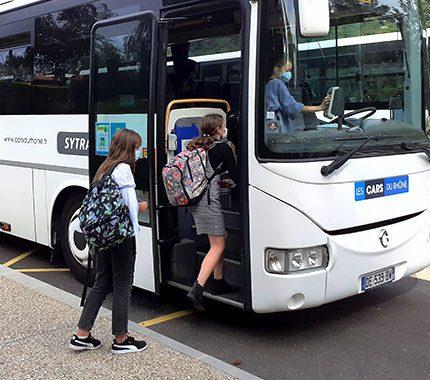 Autocars Vallée d'Azergues - Transport périscolaire & voyages linguistiques